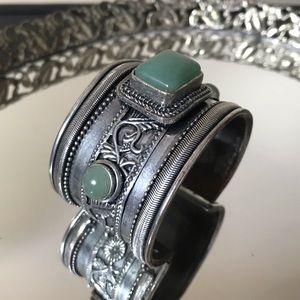 Jewelry - VINTAGE silver Jeweled Arm Cuff